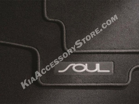 2014_kia_soul_carpeted_floor_mats.jpg
